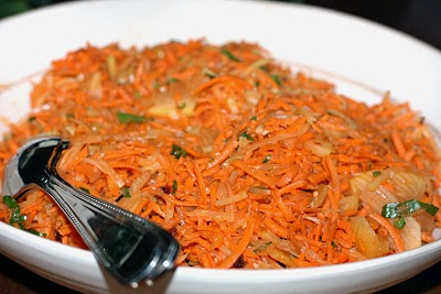 Indonesian Spicy Carrot Papaya Salad