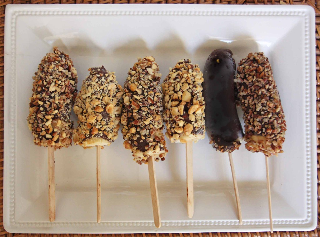 Frozen Bananas Dipped in Chocolate