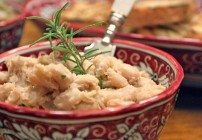 White Bean Garlic-Rosemary Mash
