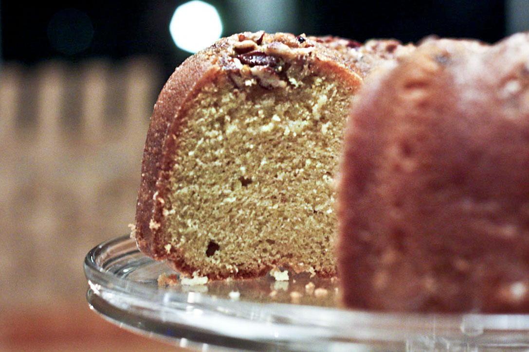 bundt cake with like many people i ve got pecan bourbon bundt cake ...