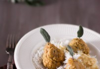 Pork Meatballs with Saffron Sauce